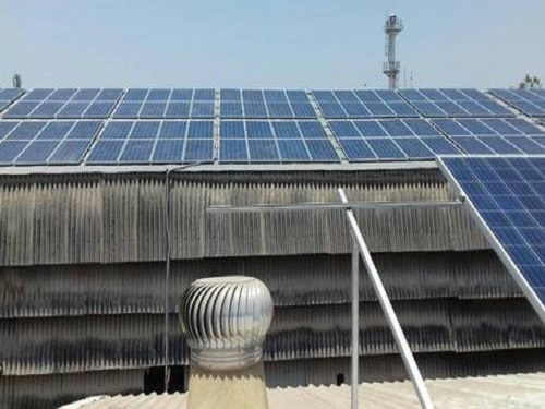 COMMERCIAL SOLAR INSTALLATION PROJECT